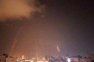 Chiến sự Syria: Tên lửa lạ tấn công 4 tỉnh ven biển phía tây