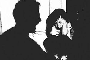 Bé gái 13 tuổi mang thai 27 tuần vì bị cụ ông xâm hại tình dục ở Cà Mau