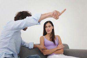 Chồng trả ơn bằng những lần ghen tuông vô cớ