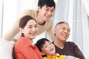 'Cãi' bố bênh vợ để giữ tình cảm gia đình