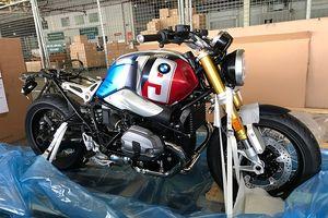 Cận cảnh lô xe mô tô 'khủng' tại sân bay Tân Sơn Nhất