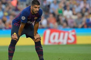 Suarez gây thất vọng trong trận Barca thắng PSV 4-0