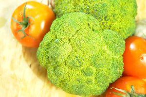 Cà chua và bông cải xanh có lợi cho người béo phì