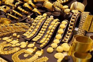 Giá vàng biến động trái chiều trên thị trường