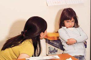 3 sai lầm của bố mẹ Việt khi con làm bài tập về nhà