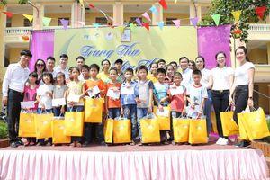 PVcomBank mang yêu thương ấm áp đến với trẻ em khuyết tật tỉnh Thái Bình