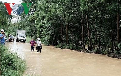 Mưa lớn gây sạt lở tại một số huyện miền núi ở Quảng Ninh