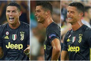 Hài hước hình ảnh Ronaldo nức nở khóc như trẻ con khi nhận thẻ đỏ