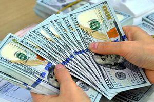Tỷ giá trung tâm VND/USD giảm, nhưng ngân hàng thương mại vẫn tiếp tục tăng