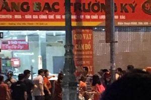 Nóng: 3 thanh niên táo tợn cướp tiệm vàng ở Sơn La