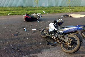 Tai nạn giao thông, người thân gào khóc thảm thiết bên thi thể thầy giáo trẻ