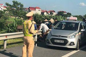 Từ vụ tài xế Lexus tứ quý 8 tử vong: CSGT được dừng phương tiện khi nào?