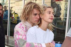 Ghen tị với màn tỏ tình 'ngọt sún răng' của Justin Bieber dành cho vị hôn thê