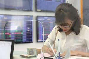 8 tháng, IPO 20 doanh nghiệp