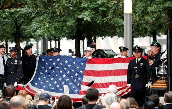 Những hình ảnh xúc động lễ tưởng niệm các nạn nhân vụ khủng bố 11/9 tại Mỹ