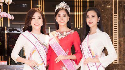 Trần Tiểu Vy, Phương Nga thay 5 bộ trang phục, xinh đẹp đi giao lưu