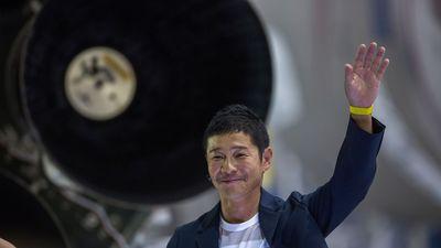 Lý do dù chi cả 'núi tiền', tỷ phú Nhật Bản cũng không được đặt chân xuống Mặt Trăng