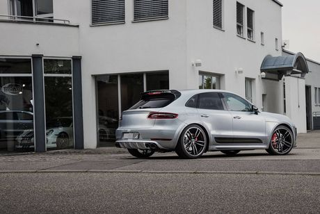 Techart do Cayenne Turbo S vuot xa Bentley Bentayga - Anh 1