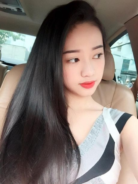 Bi boc me song ao, an cap anh - Thuy Vi voi vang dong Facebook - Anh 9