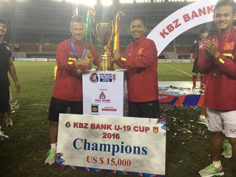 Chan dung 'nguoi thoi suc' cho DT Viet Nam truoc AFF Cup - Anh 5