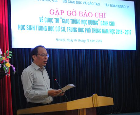 Phat dong cuoc thi 'Giao thong hoc duong' toan quoc - Anh 1