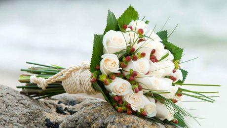 10 mau hoa cuoi cam tay dep nhat cho co dau trong ngay cuoi - Anh 3