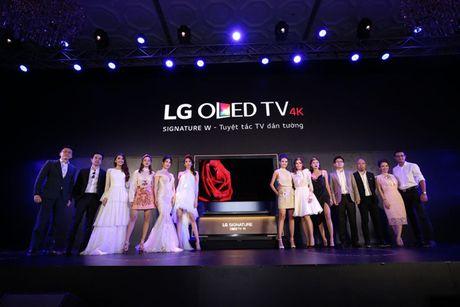 Xu hướng lựa chọn TV tại gia mới nhất của các sao hiện nay 1_77609