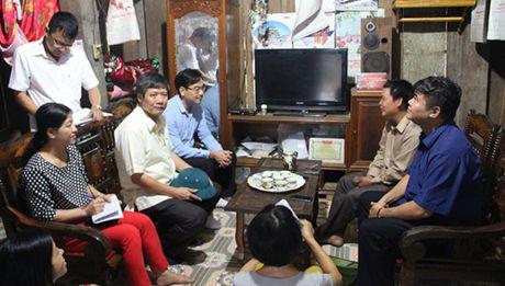 Giam ngheo: Tu cho khong chuyen sang ho tro co dieu kien - Anh 1