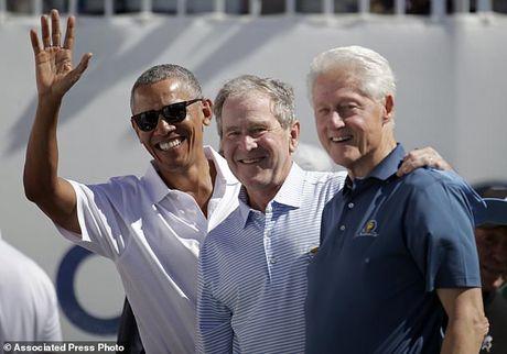 Ba cuu tong thong Obama, Bush va Clinton gay sot tai Presidents Cup - Anh 1