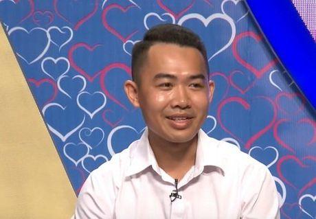 Lo dien chang trai 'cua do' hot girl Tay Nguyen ngay trong lan dau gap mat - Anh 2