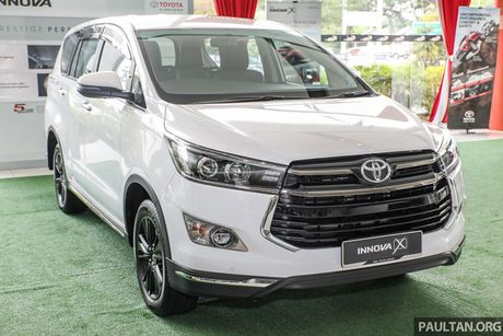 Can canh Toyota Innova 2.0X gia 712 trieu dong - Anh 3