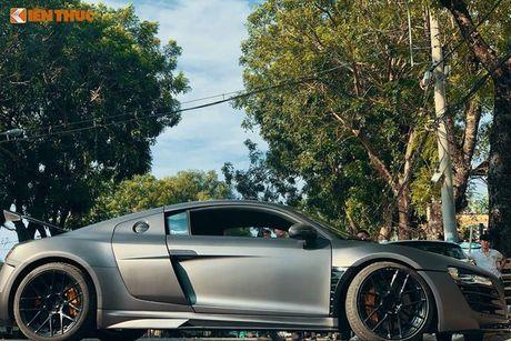 Sieu xe Audi R8 do bodykit hon 600 trieu tai Sai Gon - Anh 10