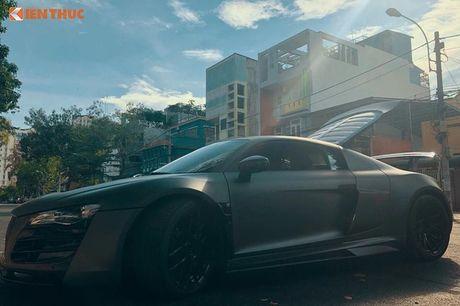 Sieu xe Audi R8 do bodykit hon 600 trieu tai Sai Gon - Anh 6