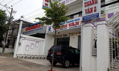 Cong an thong tin bat ngo vu Cuc pho mat trom gan 400 trieu - Anh 1
