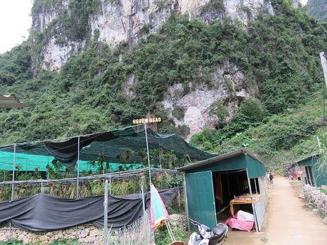Huyen Trung Khanh: Nhieu 'mo vang' du lich cho khai thac - Anh 4