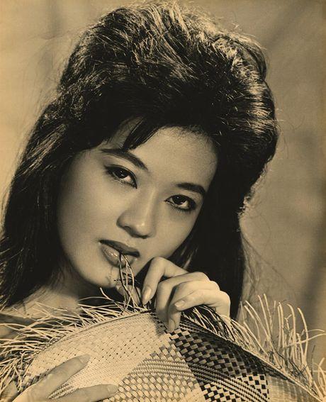 Thanh Nga, Tham Thuy Hang goi cam qua tay may Vien Kinh - Anh 2