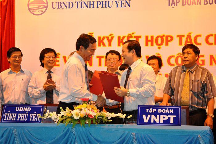 VNPT đồng hành cùng Phú Yên trong cuộc cách mạng Công nghiệp 4.0 ảnh 1